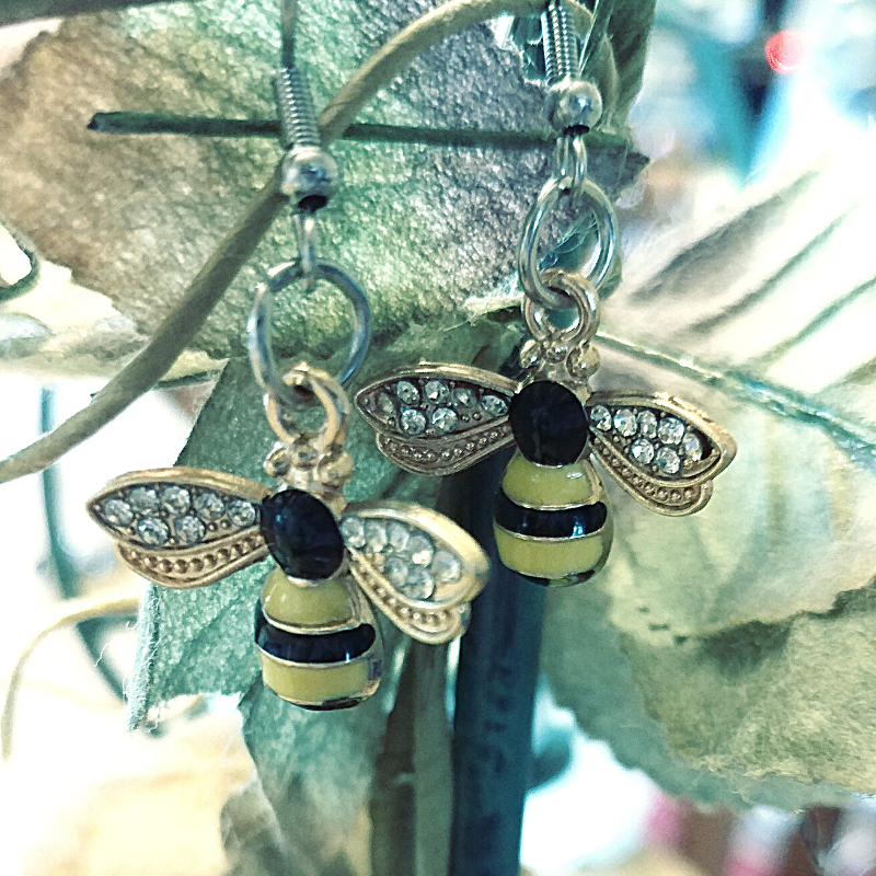 1 Pair of Bee Themed Earrings with PDF cards and extras