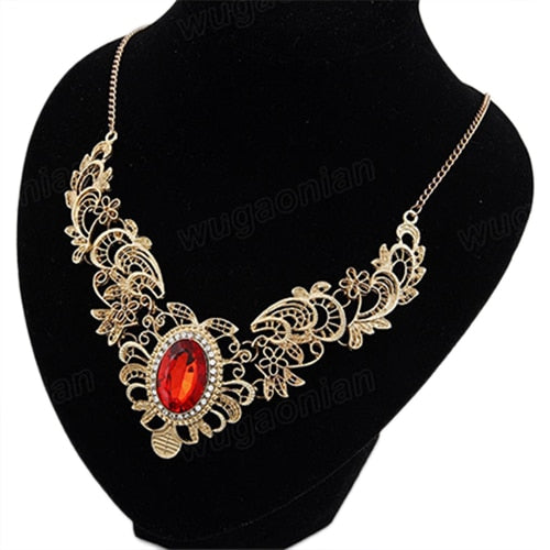 Hollow Out Flower Oval Rhinestone Necklace