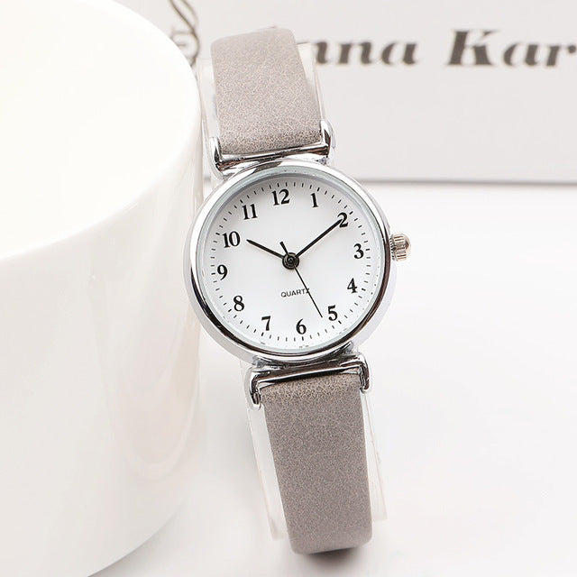 Exquisite small simple women dress watches retro leather watch