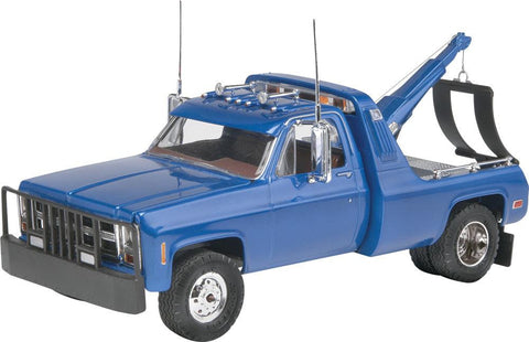 1/25 '77 GMC® Wrecker Truck Plastic Model Kit