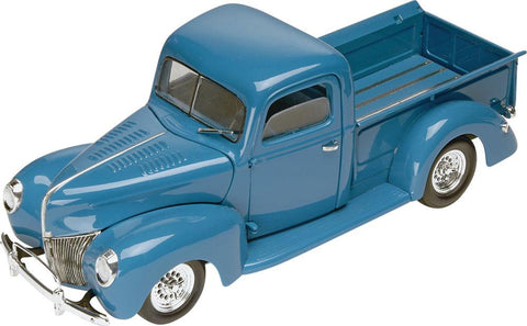 1/24 '40 Ford Custom Pickup Plastic Model Kit