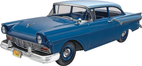 1/25 1957 Ford Custom 2 'n 1 Plastic Model Kit