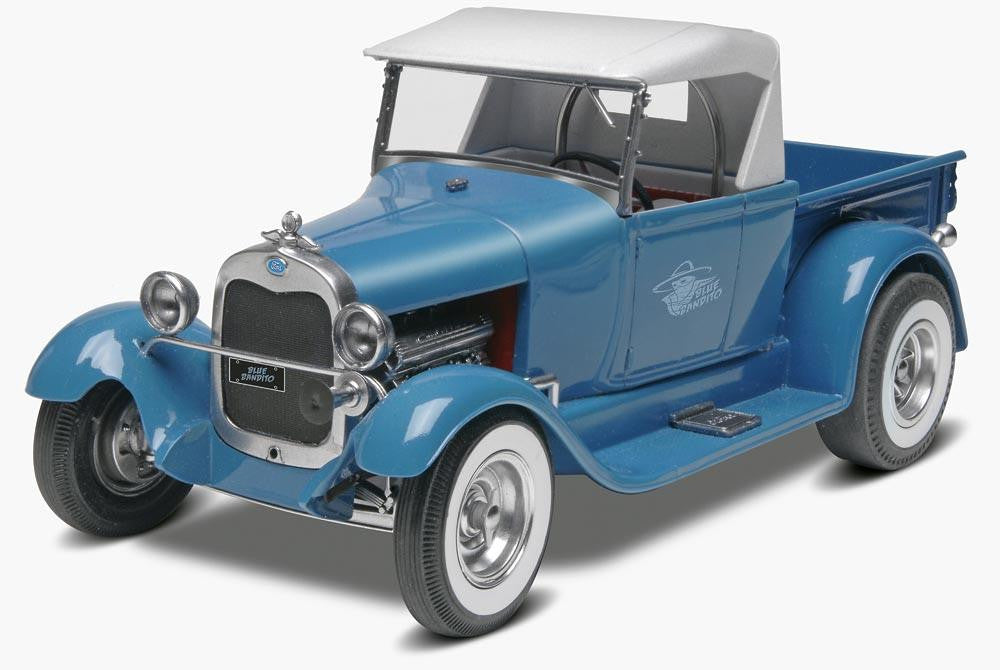 Monogram 1/24 Blue Bandito '29 Ford Street Rod Plastic Model Kit