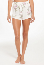 Load image into Gallery viewer, Mia Spring Floral Short