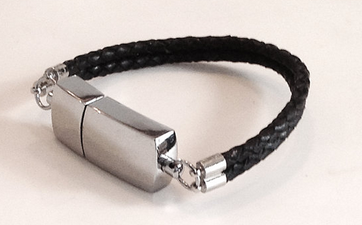8G USB Medical Bracelet - Black Leather