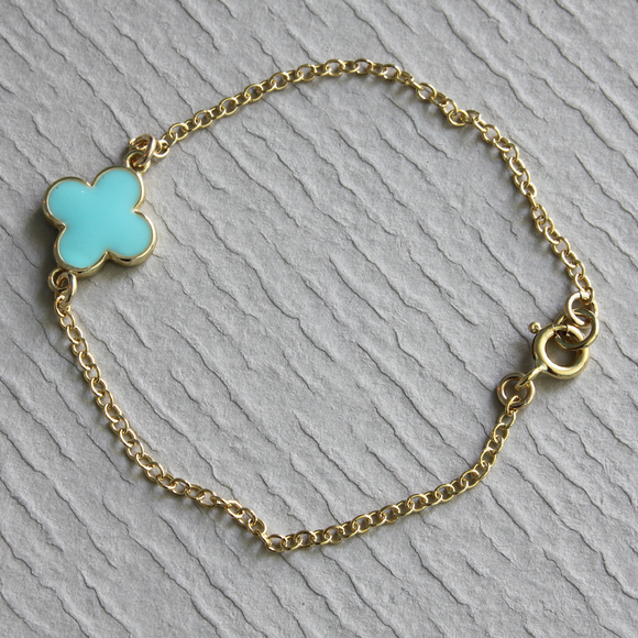 Enamel Shamrock Simple Gold Finish Bracelet