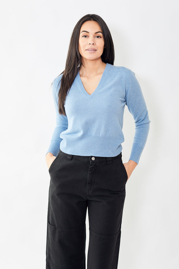 Allude Deep V Neck Pullover