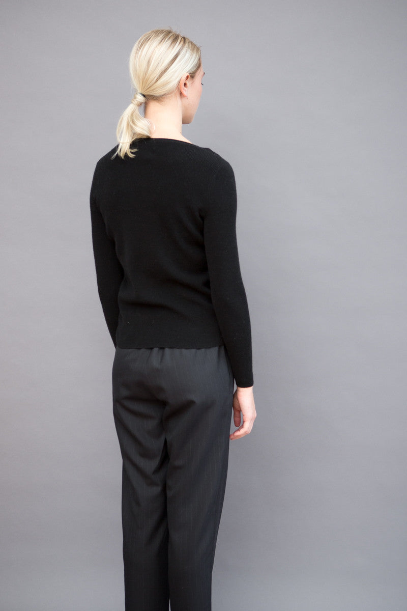 Allude Ruffle Bottom Sweater