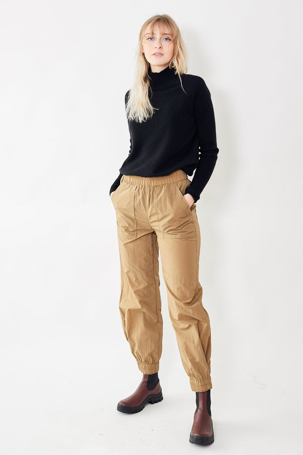 Crinkled Tech Pants Ermine