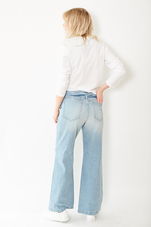 Eight Dreams Taylor Belted Wide Leg Jeans