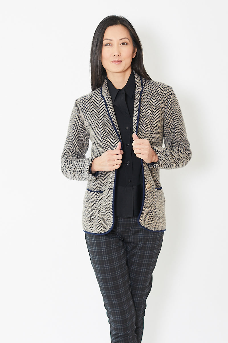 Eleventy Herringbone Knit 2 Button Single Breasted Jacket
