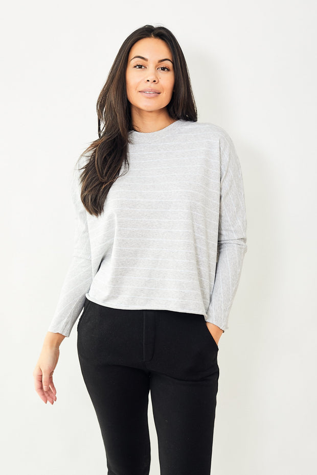 Frank & Eileen Tee Lab Oversized Continuous Sleeve Light Weight Sweatshirt