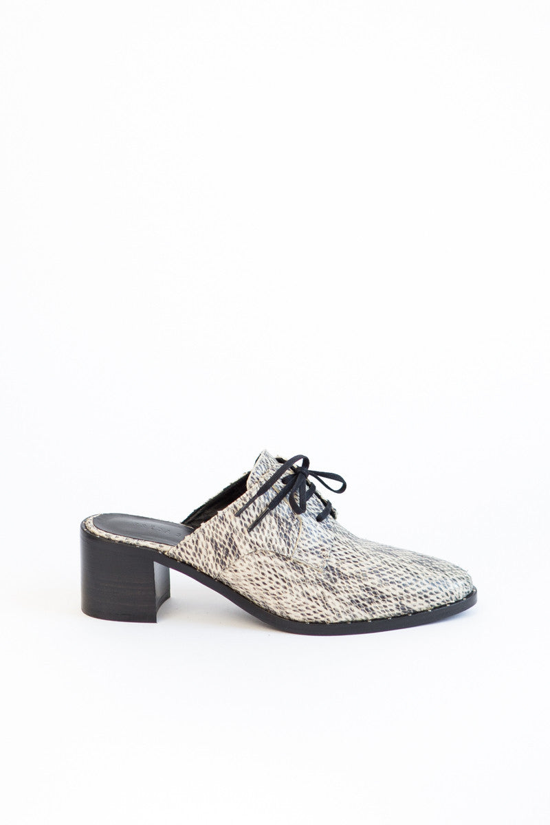 Frēda Salvador Lace Up Mule