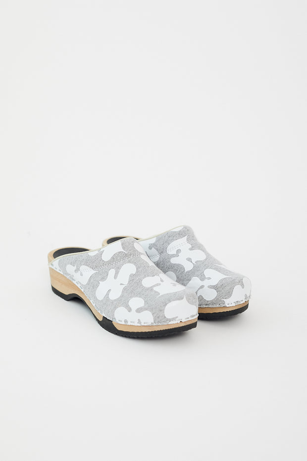 Magnafied Embla Clogs