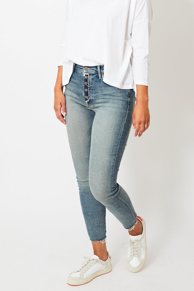 Mother Denim The Fly Cut Stunner Ankle Fray