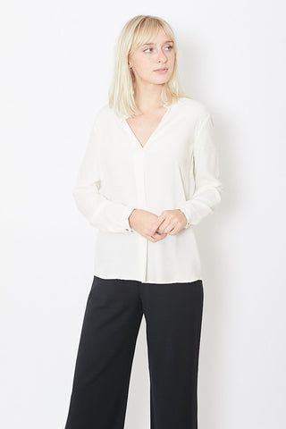 Pomandere Collarless Shirt