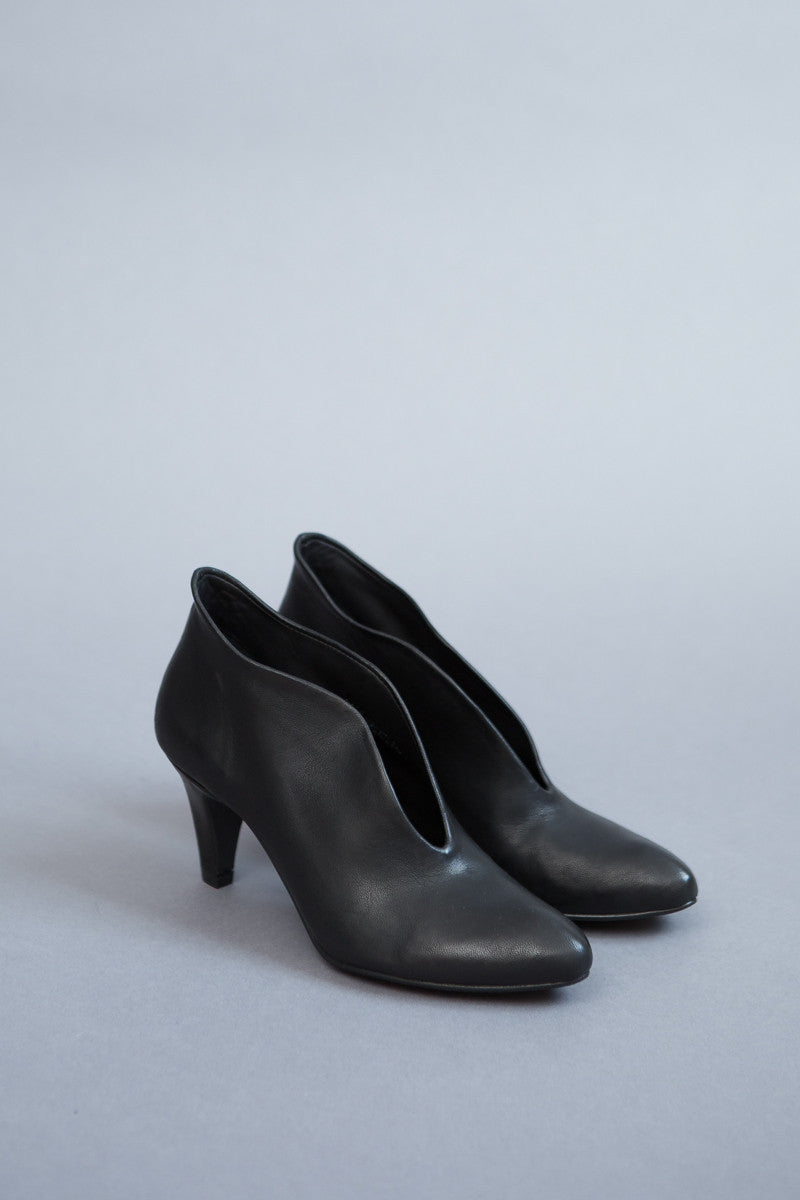 The Last Conspiracy Lenja Heel Bootie Shoe - grethen house