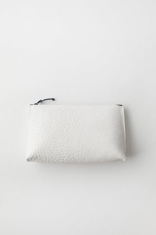 b.may Essential Pouch Washed Lamb