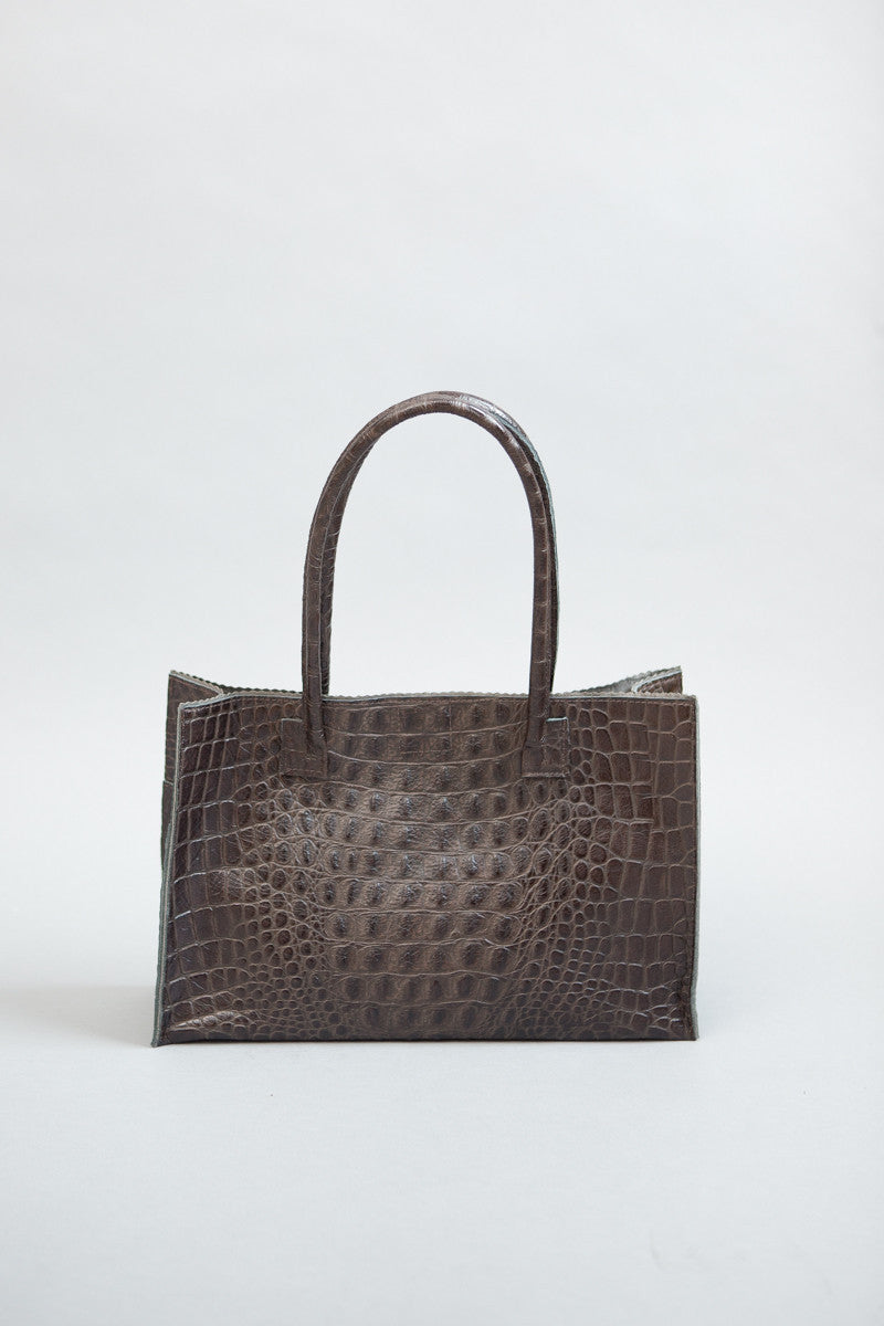 b.may Harbor Tote - grethen house
