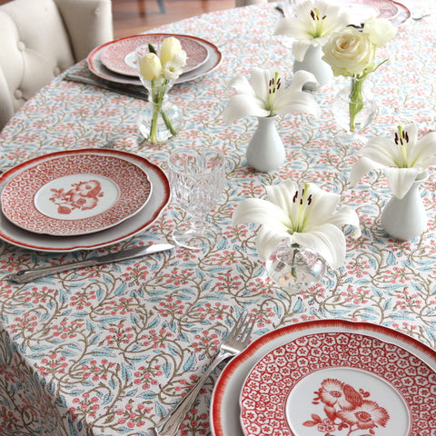 Berry Spring Tablecloth