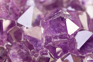 February Birthstone Jewelry - Amethyst - Gemondo Thailand