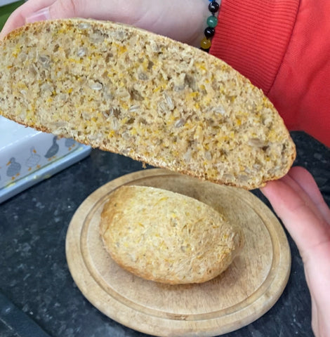 Dandelion and sunflower seed bread