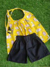 Load image into Gallery viewer, Klingaru Halter Top Set - Yellow Jungle with Black Shorts
