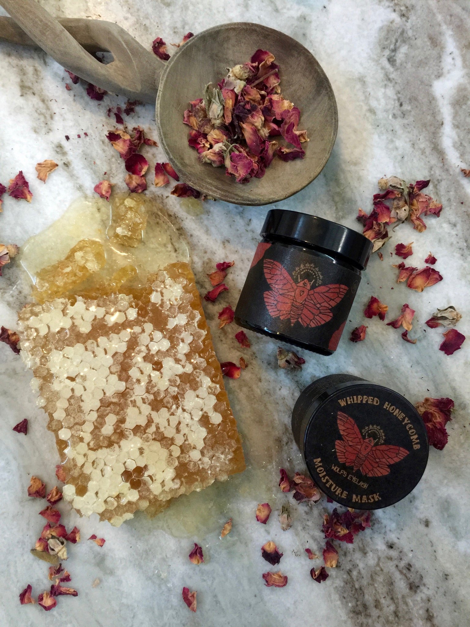 WHIPPED HONEYCOMB MOISTURE MASK