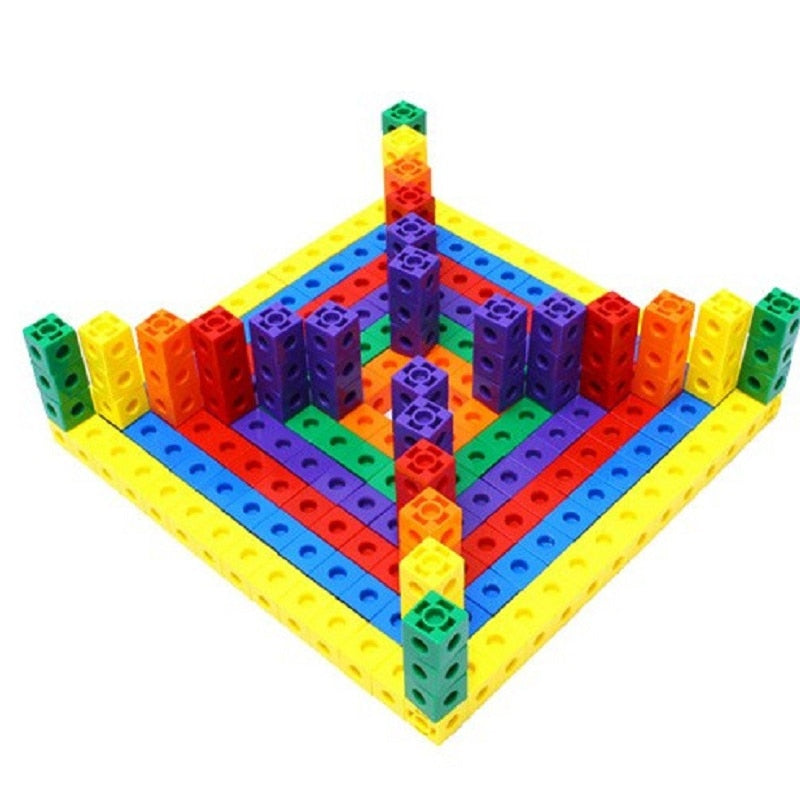 Colorful multilink and building blocks for inovetive kids.