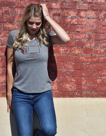Women's Griz Paw V-Neck Tee