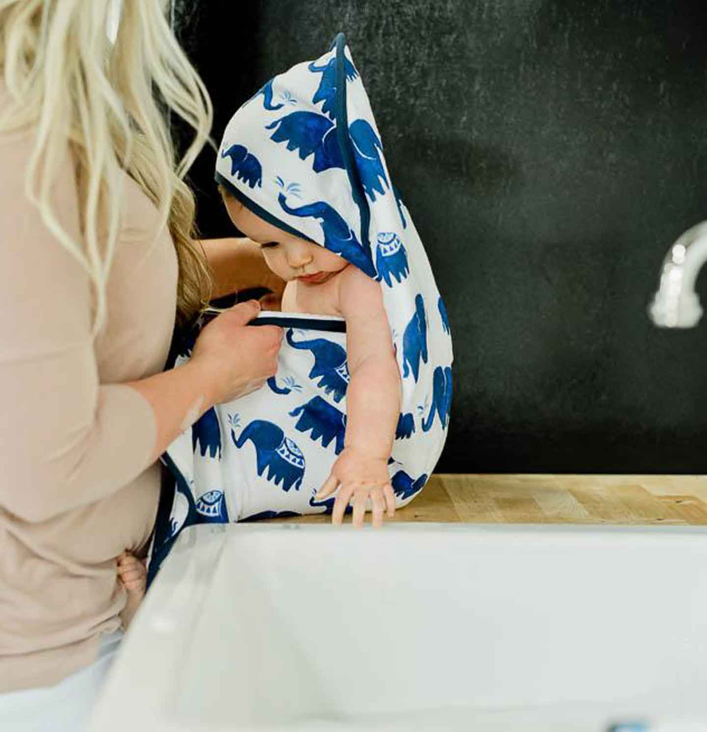 Indie Elephant Hooded Towel & Washcloth Set