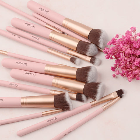 Fashion Makeup Brushes Set