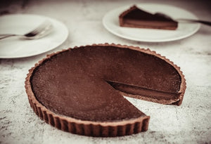 Vegan no bake Chocolate Tart