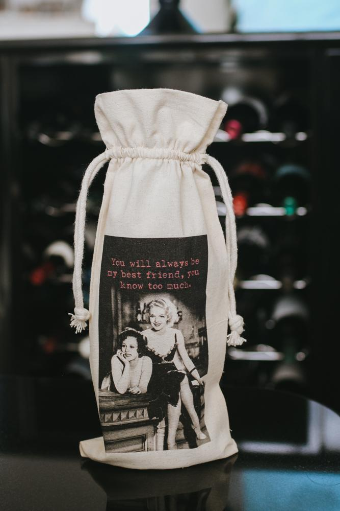 'You Know Too Much' Retro Wine Bag