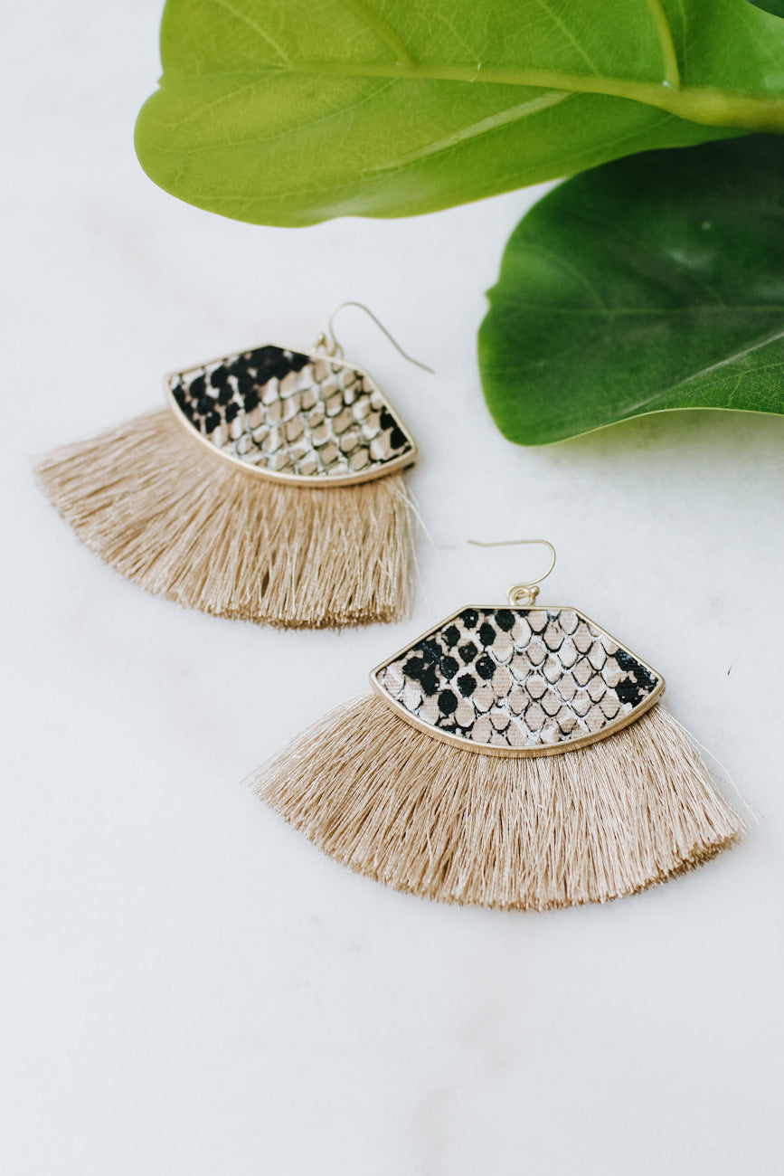 Snake Shape Wide Fan Earring