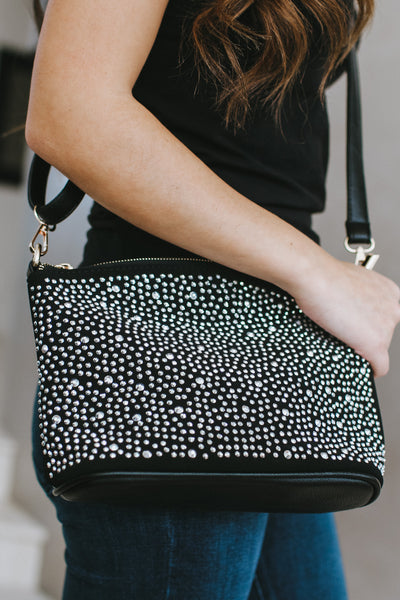 Different Size Scatter Stone Front Messenger