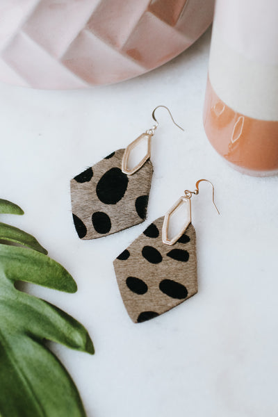 Spot Print Short Hair Pointed Earring