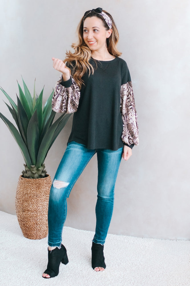 Thermal Snake Print Sleeve Top