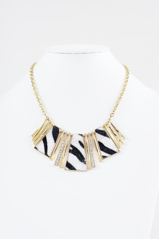 Zebra Short Hair Necklace