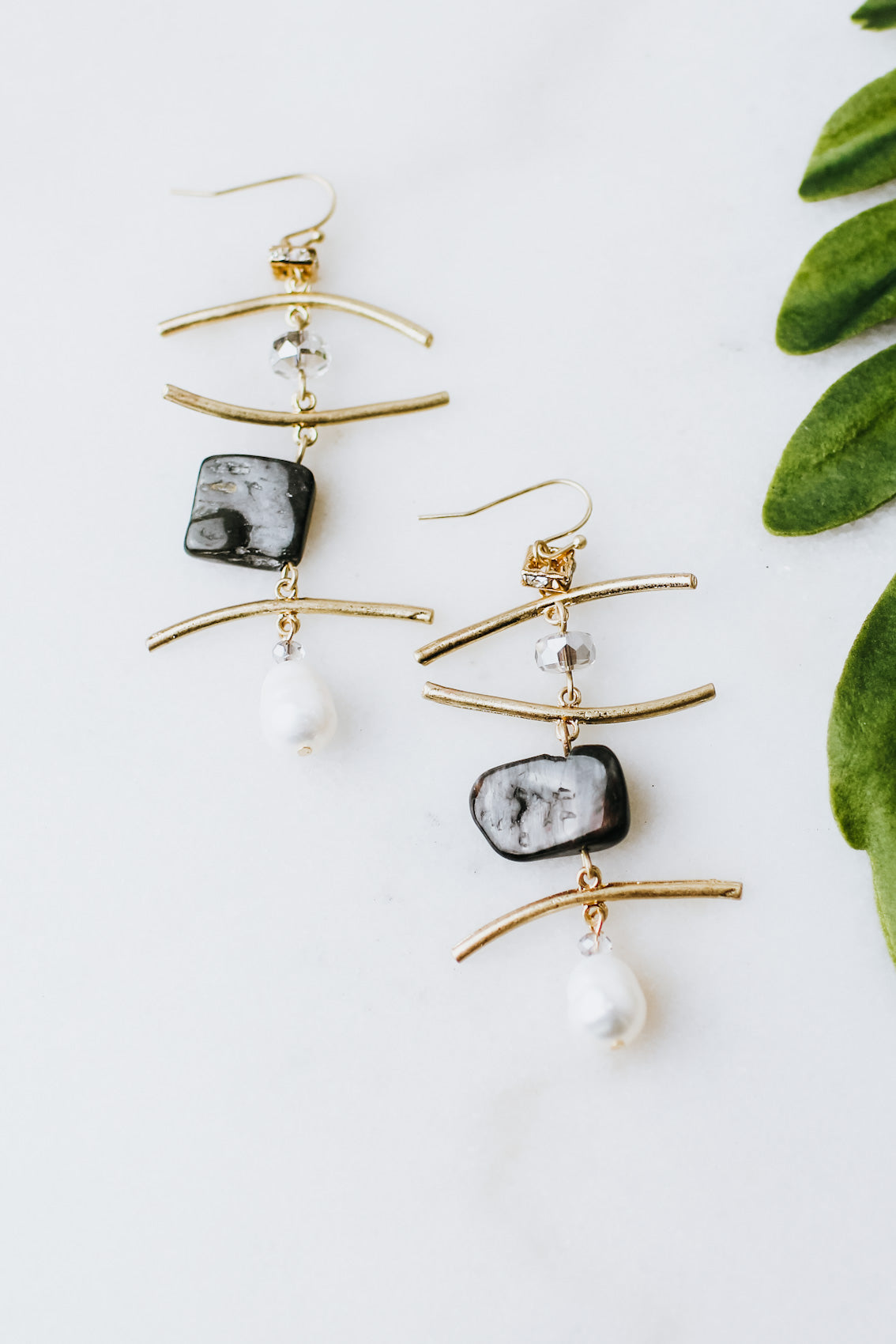 Horizontal Bar Bead & Pearl Long Earring