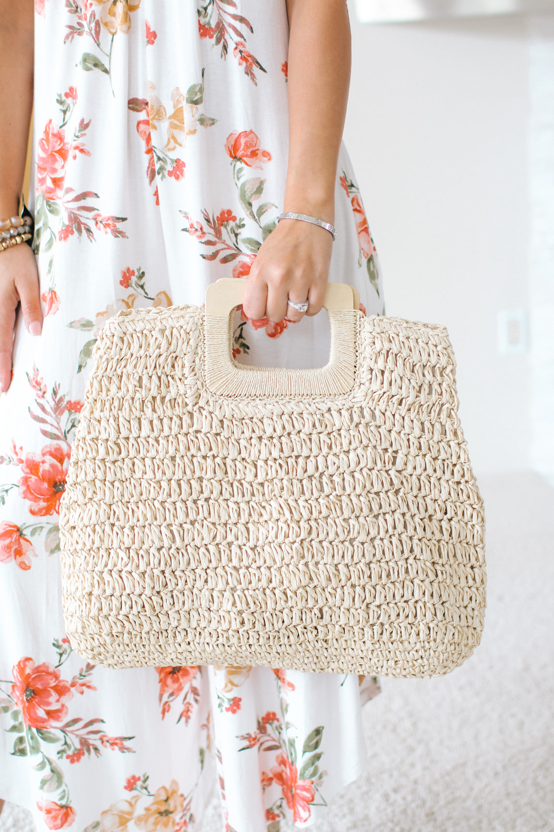 Straw Weave Wooden Handle Purse