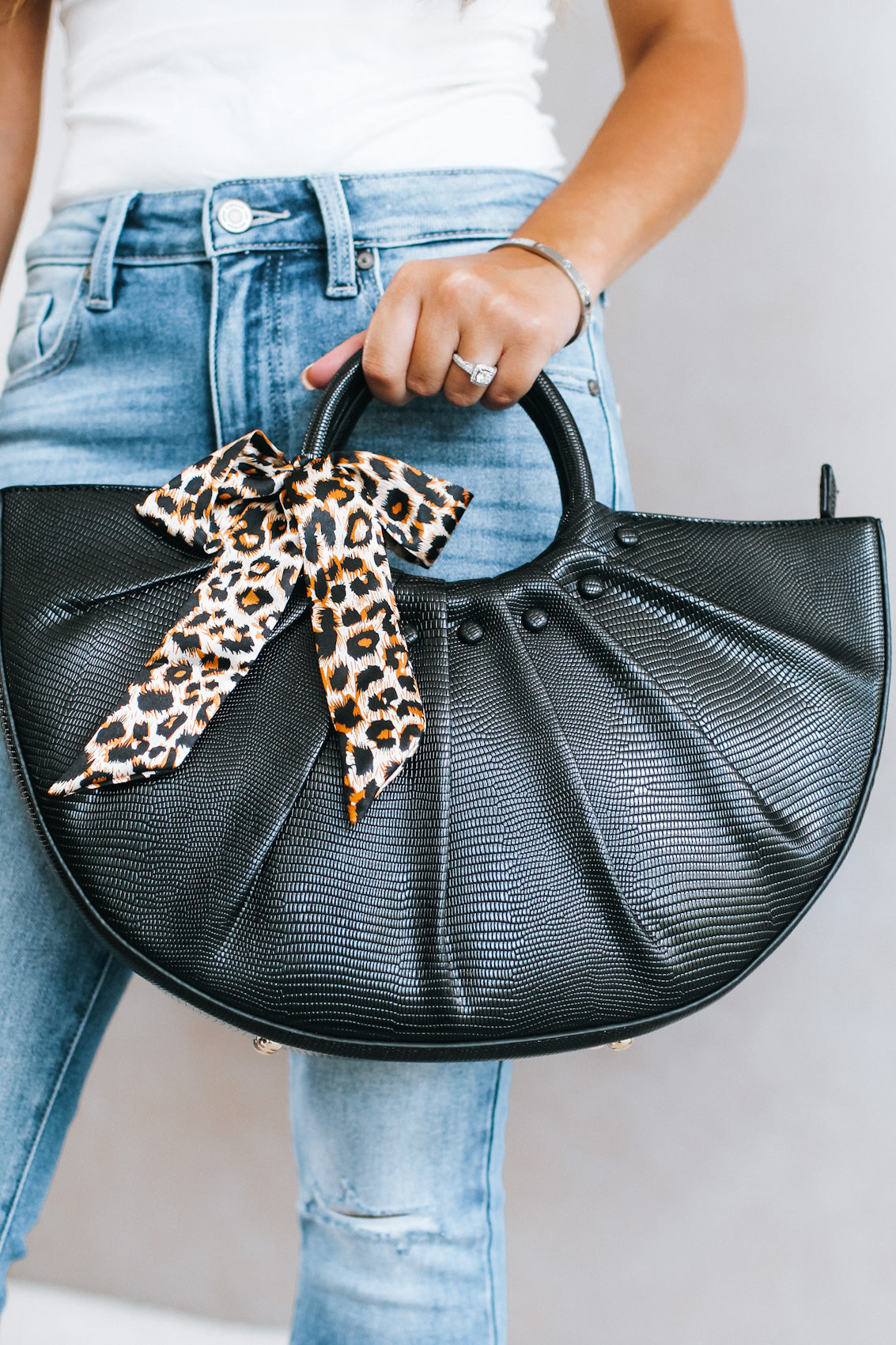 Leopard Bow Round Handle & Bag