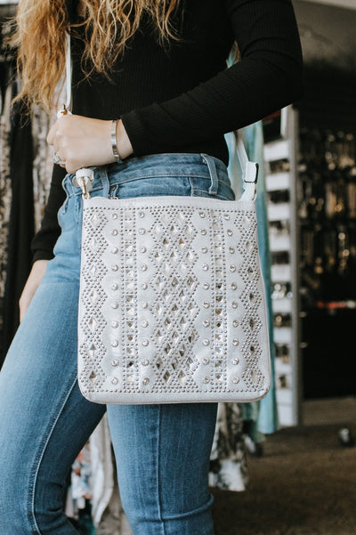 Diamond Middle & Square Rows Messenger