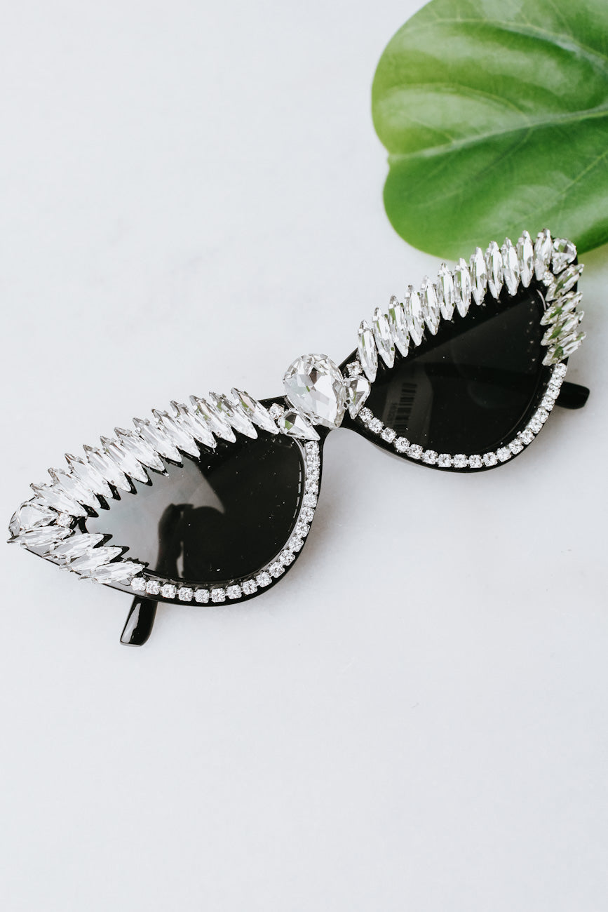 Narrow Almond Top & Side Fan Sunglasses