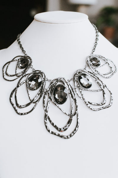 5 Ovals with Metal Trim Necklace