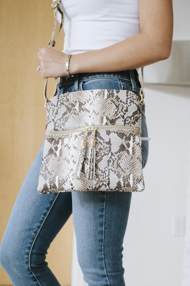 Snake Skin Zipper Middle Messenger