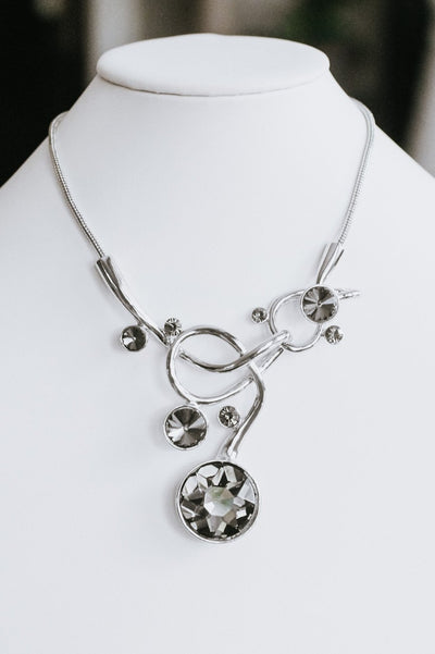 Metal Swirl Scatter Circle Stone Necklace