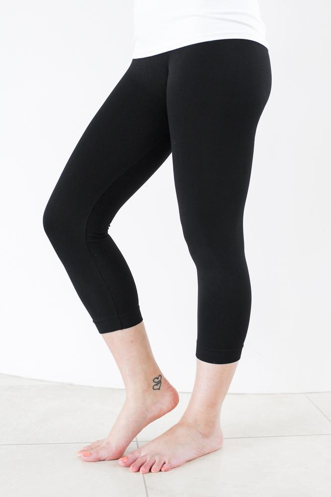 Capri Basic Seamless Legging - Glitz & Ears