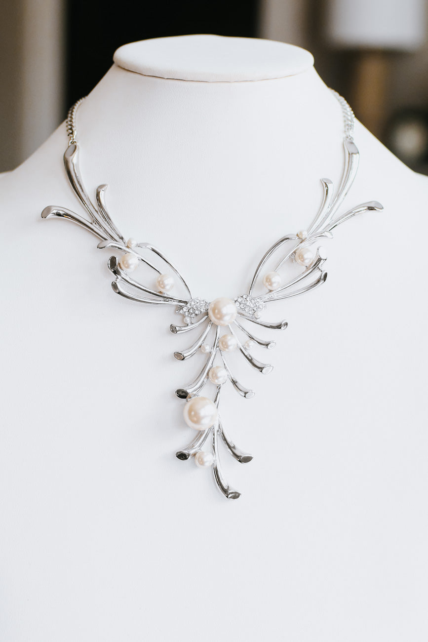 Pearl with Metal Branch Firework Necklace