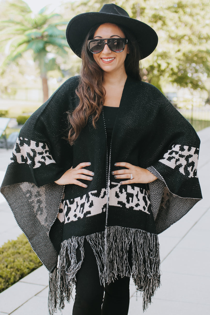 Leopard Print Panel Fringe End Poncho